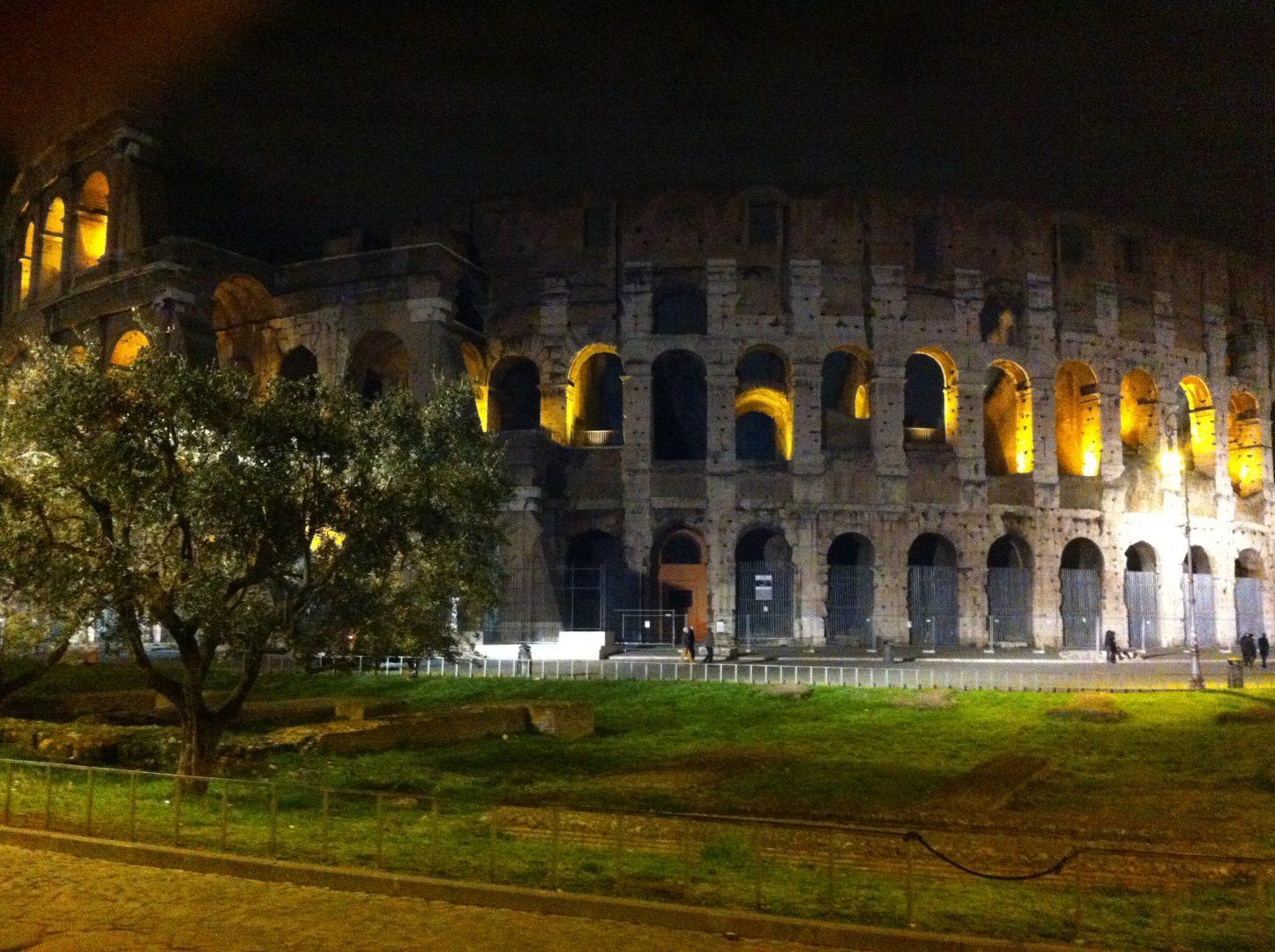 Colosseum Ρώμη travelshare.gr