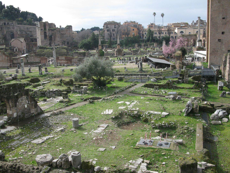 Foro Romano Δύο μέρες στη Ρώμη travelshare.gr