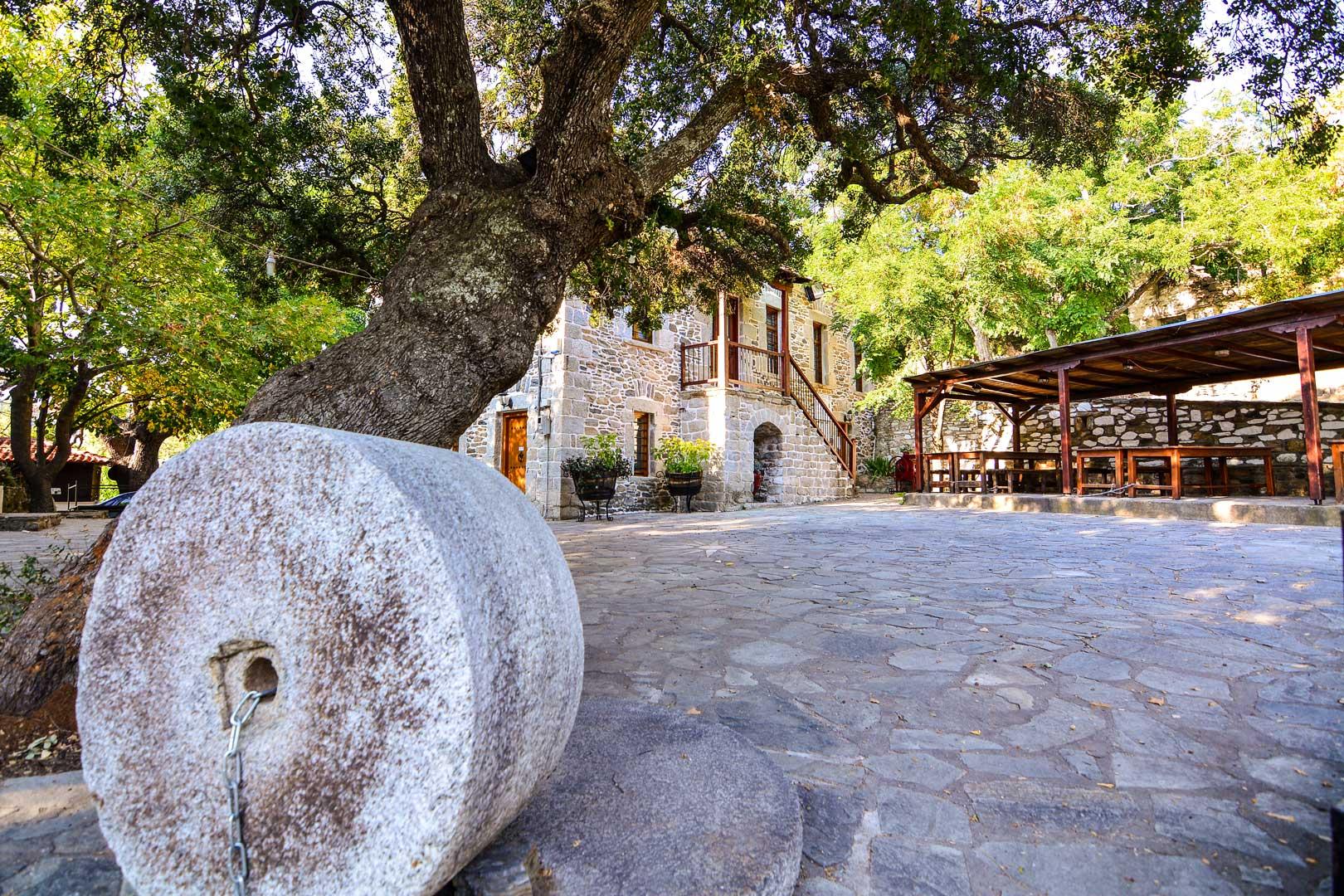 Λαογραφικό μουσείο Παρθενώνα Χαλκιδικής travelshare.gr