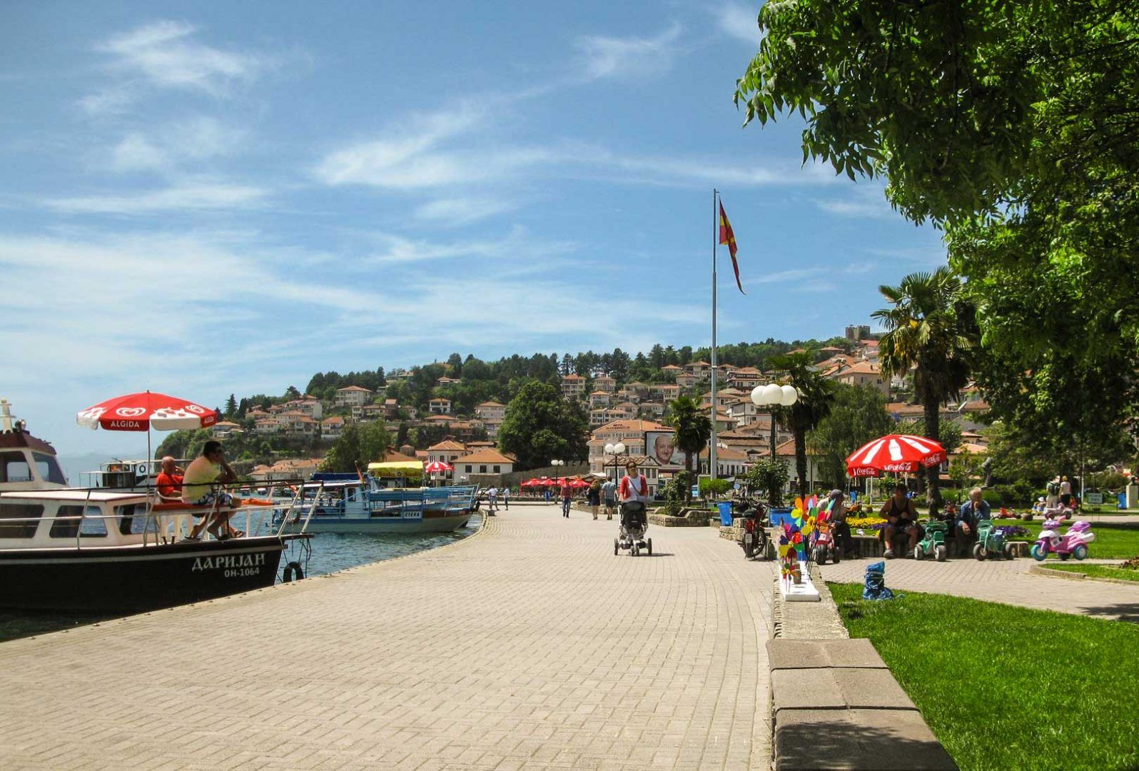 walk to lake ohrid - Οχρίδα road trip travelshare.gr