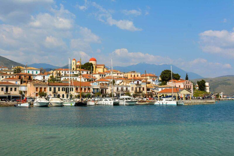 Γαλαξίδι λιμάνι Αγορά travelshare.gr