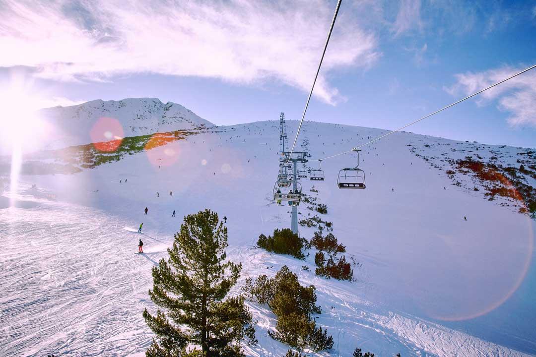 χιονοδρομία στο Bansko travelshare.gr lift