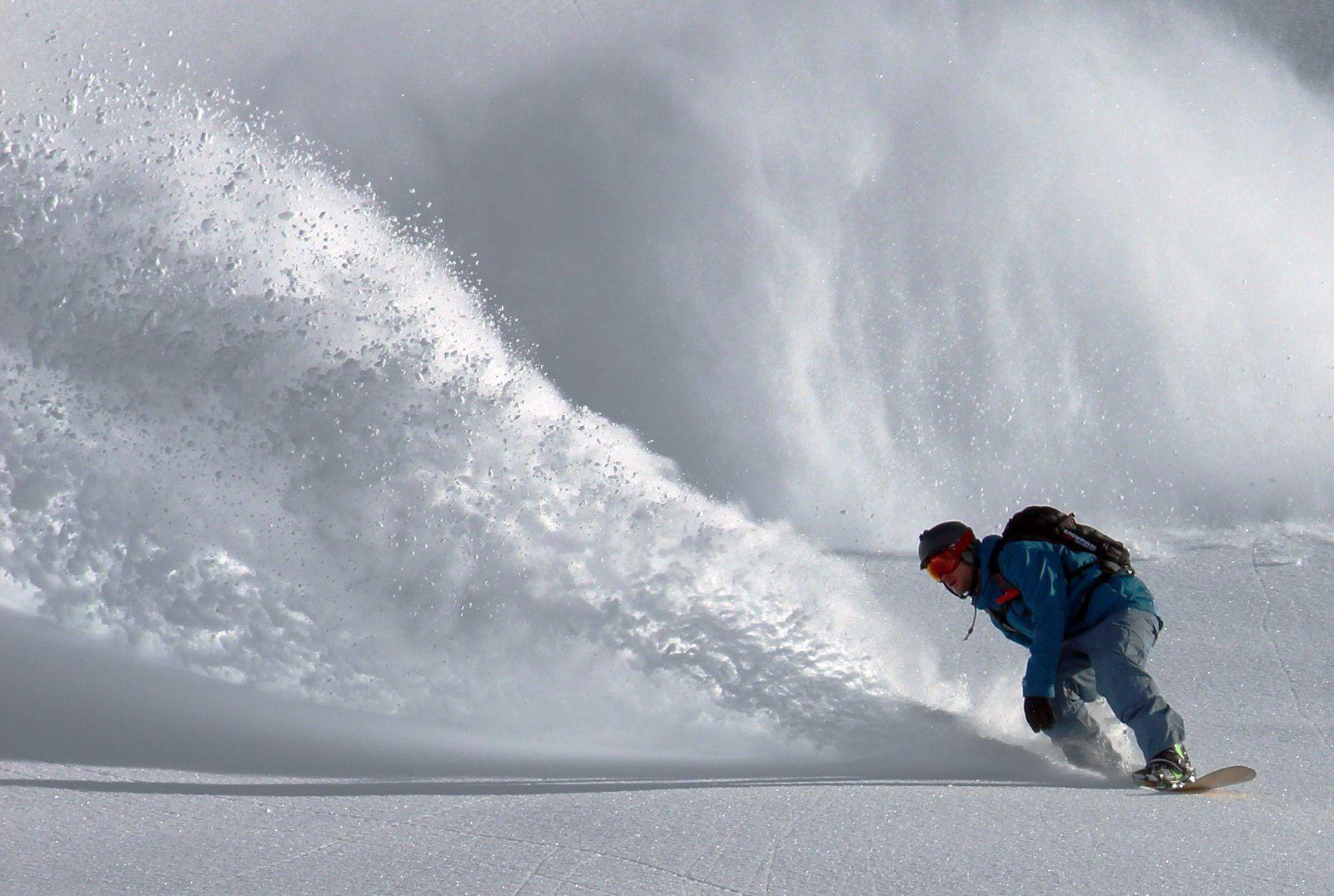 freeride powder σανίδι για snowboard travelshare.gr