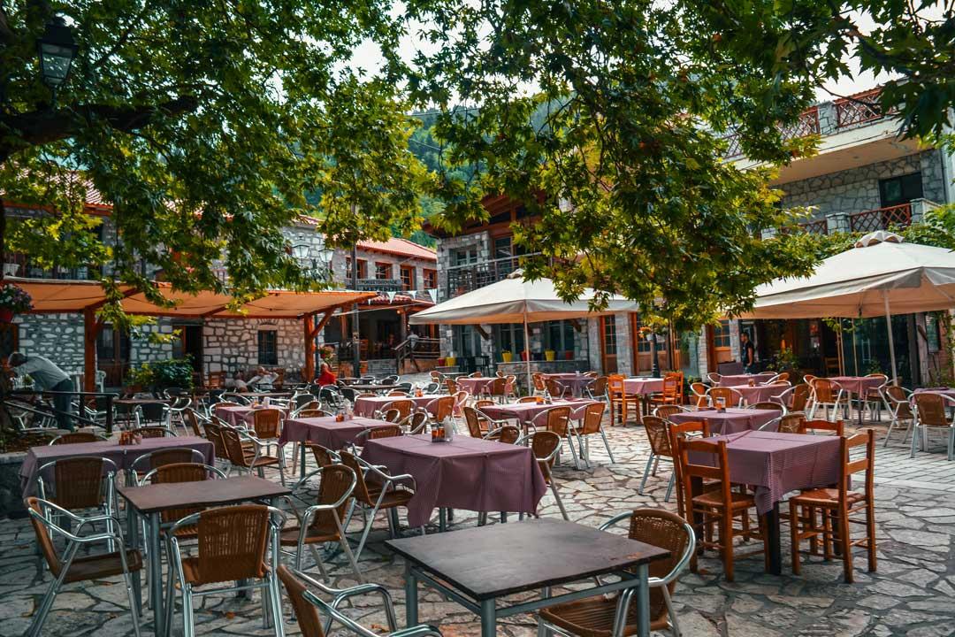 χωριά της Φωκίδας - Αθανάσιος Διάκος πλατεία