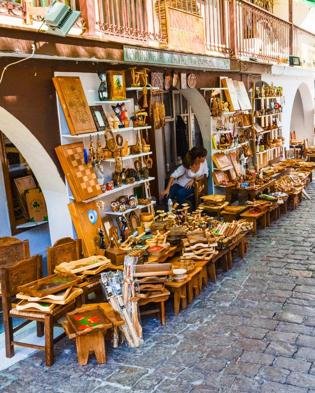 Αγιάσος Λέσβου ξυλογλυπτική μαγαζί