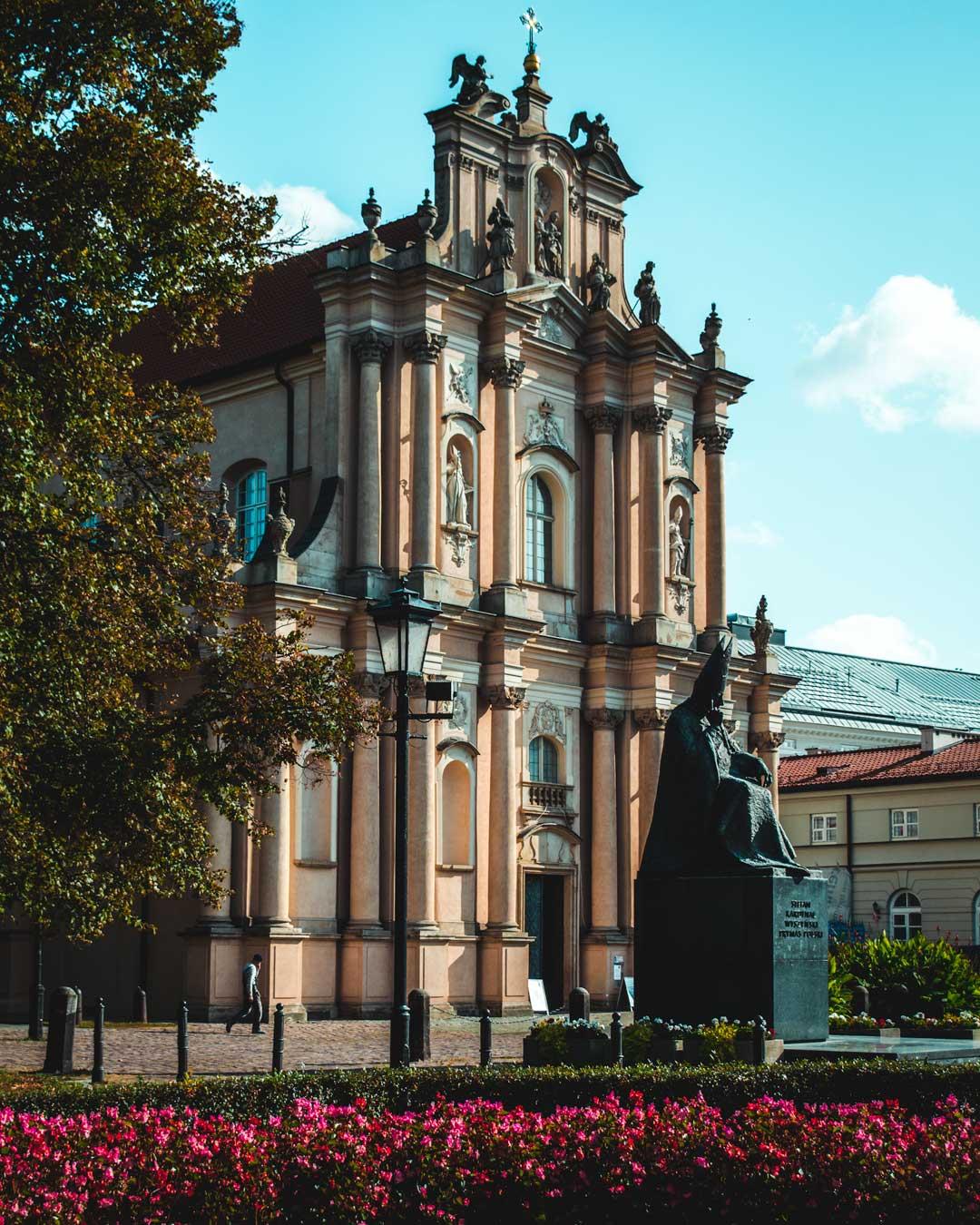 Βαρσοβία Statue of Wyszynski travelshare.gr