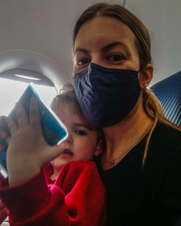 πτήση με παιδί αεροπλάνο