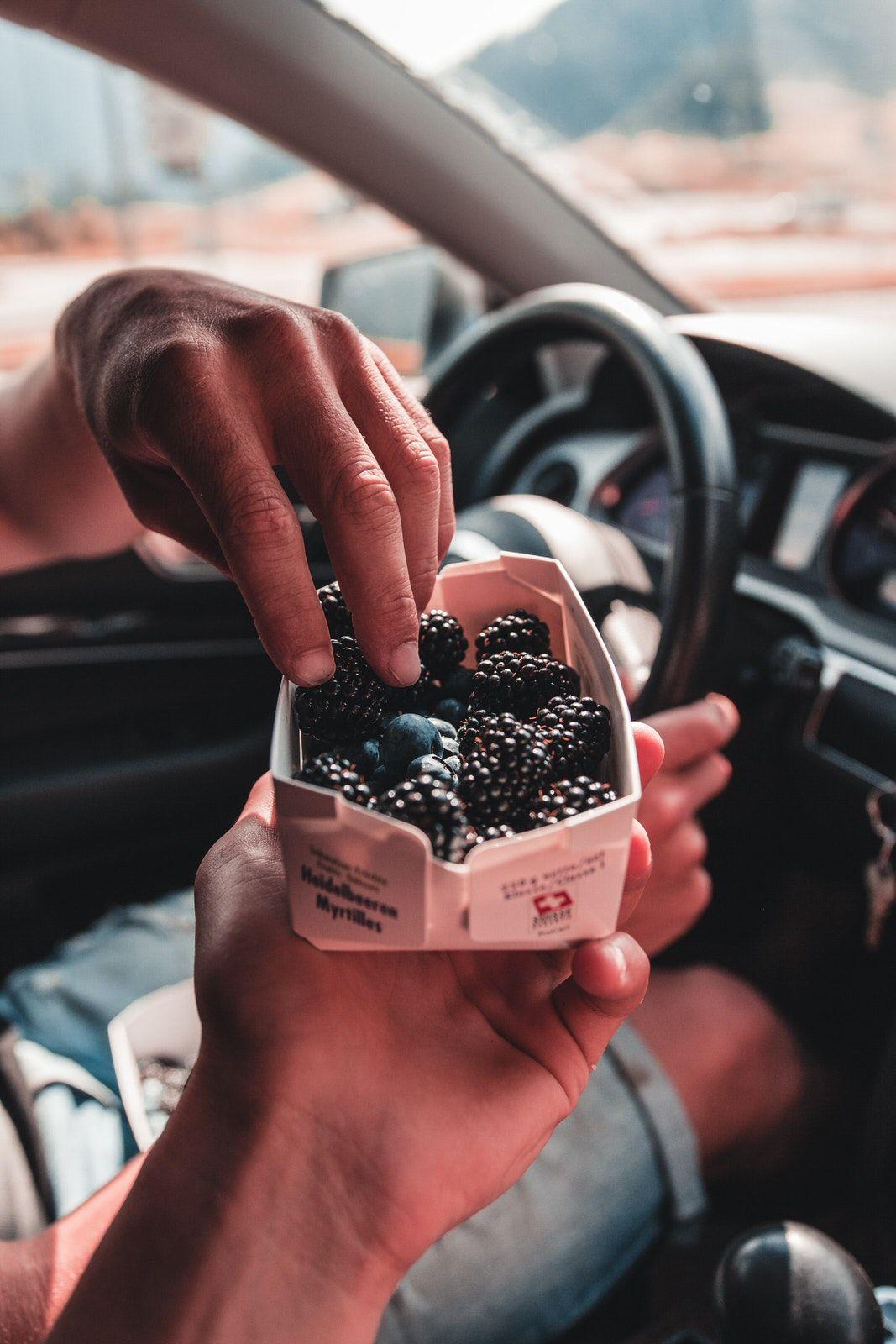 ταξίδι με αυτοκίνητο travelshare.gr snack for the road trip