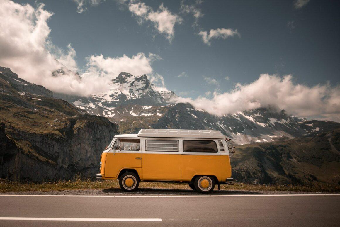 camper van road trip travelshare.gr
