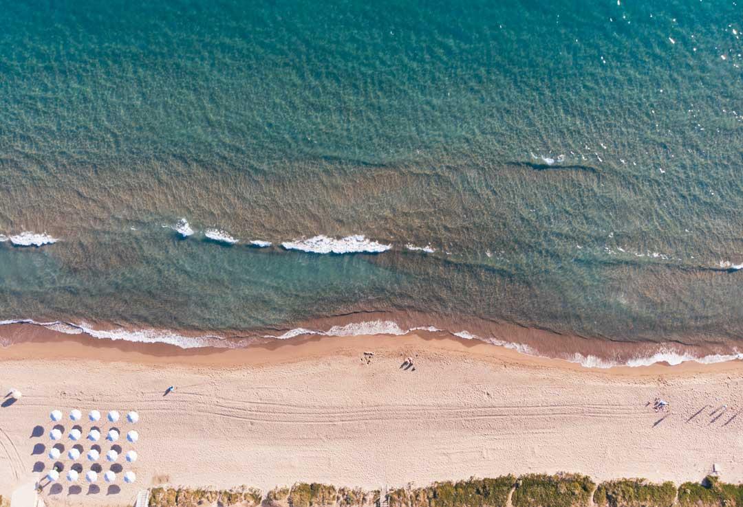 παραλία κουρούτας travelshare.gr