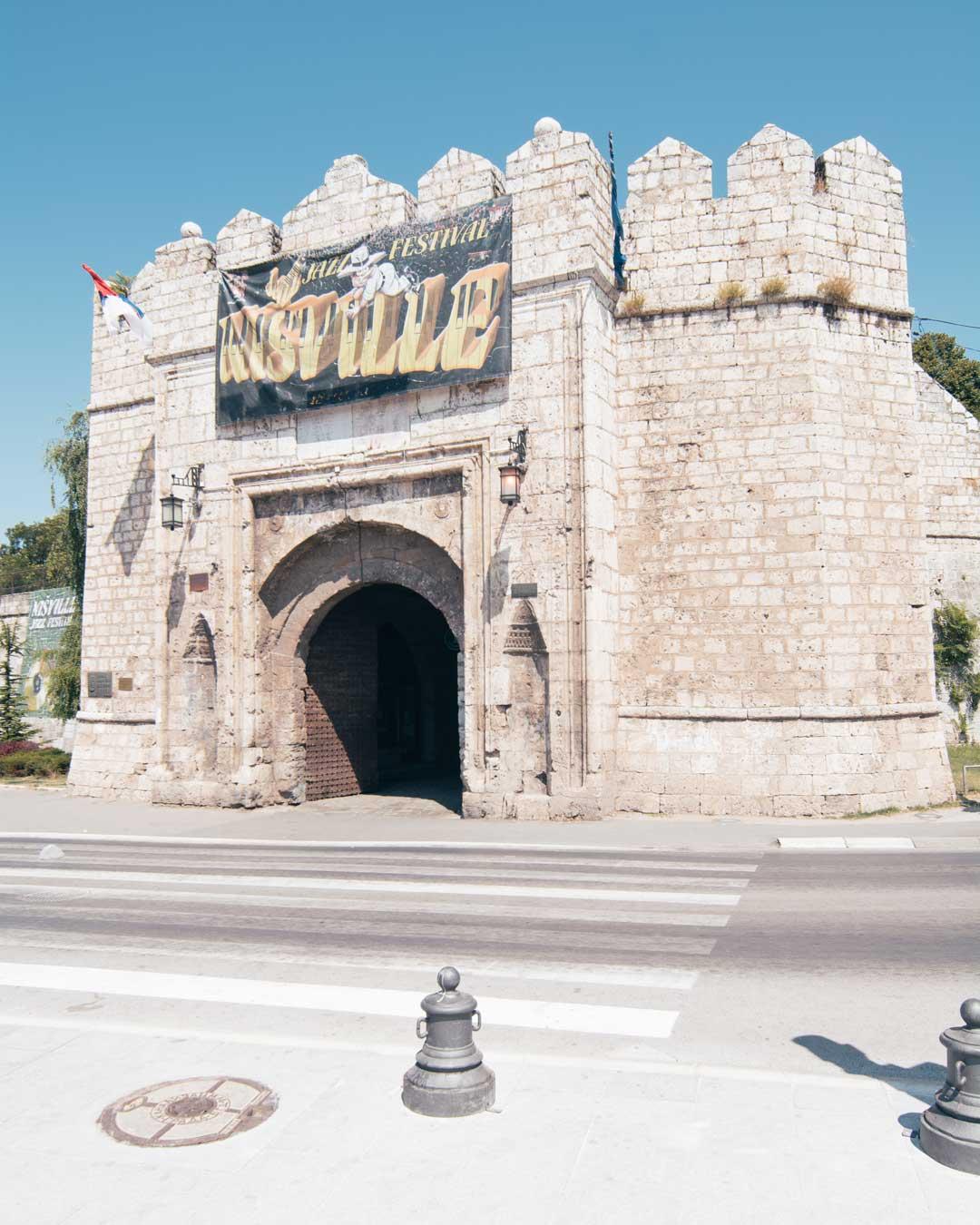 νις φρούριο