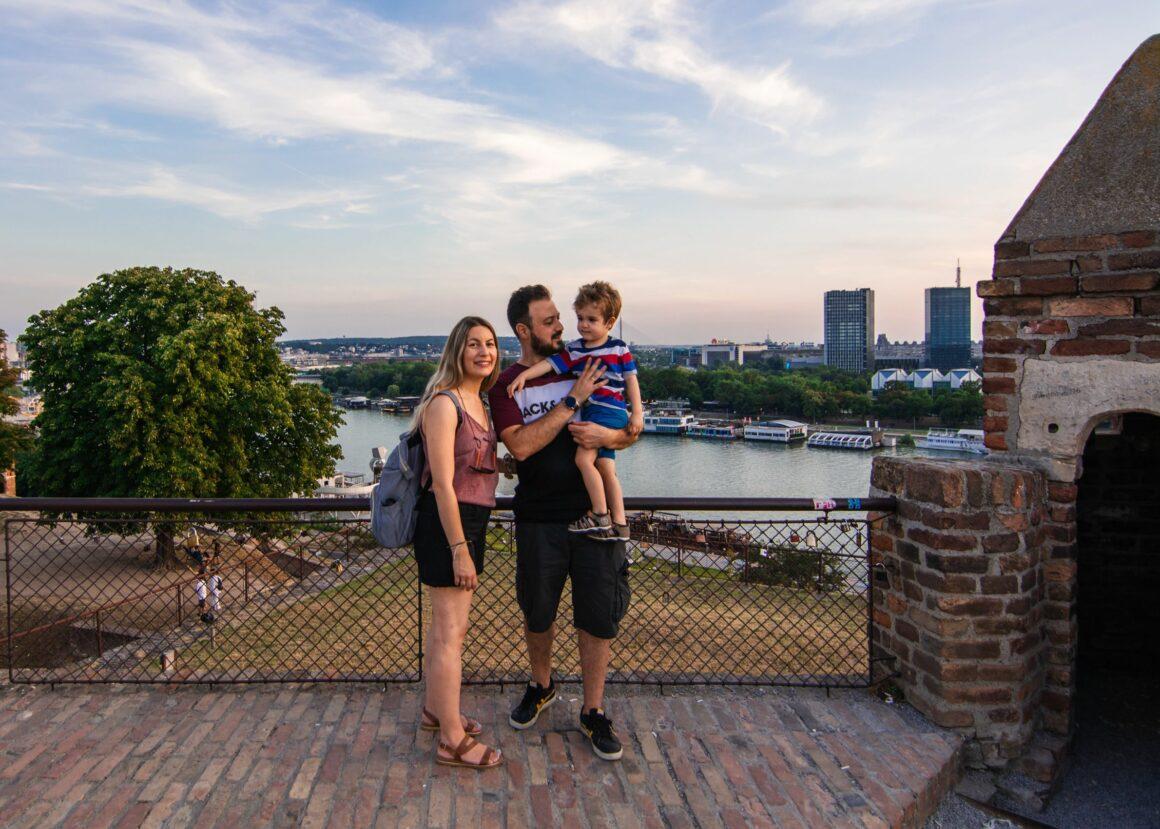 Στο Βελιγράδι με παιδί